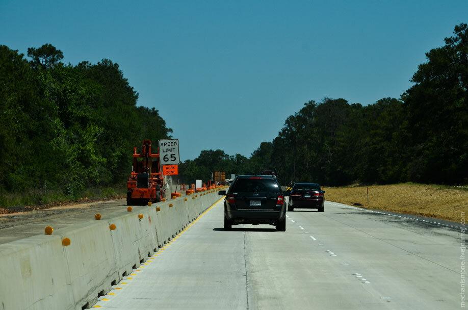 Ограничение скорости на дороге при строительстве в США