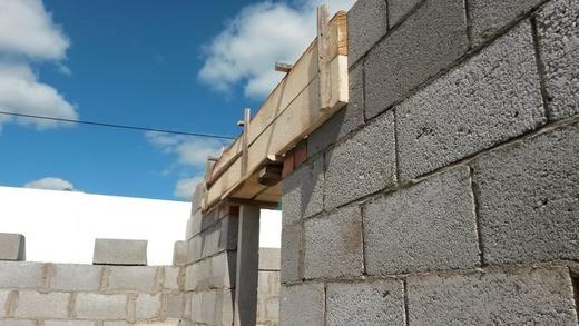 Сооружение из шлакобетона