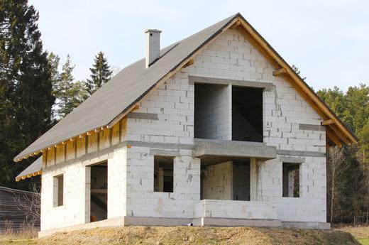 Строительство дома из пенобетна