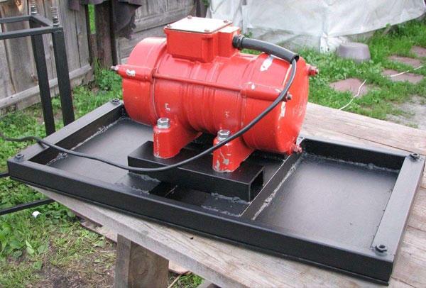 Монтаж двигателя на вибростол
