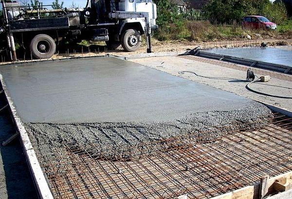 Как правильно заливать бетон