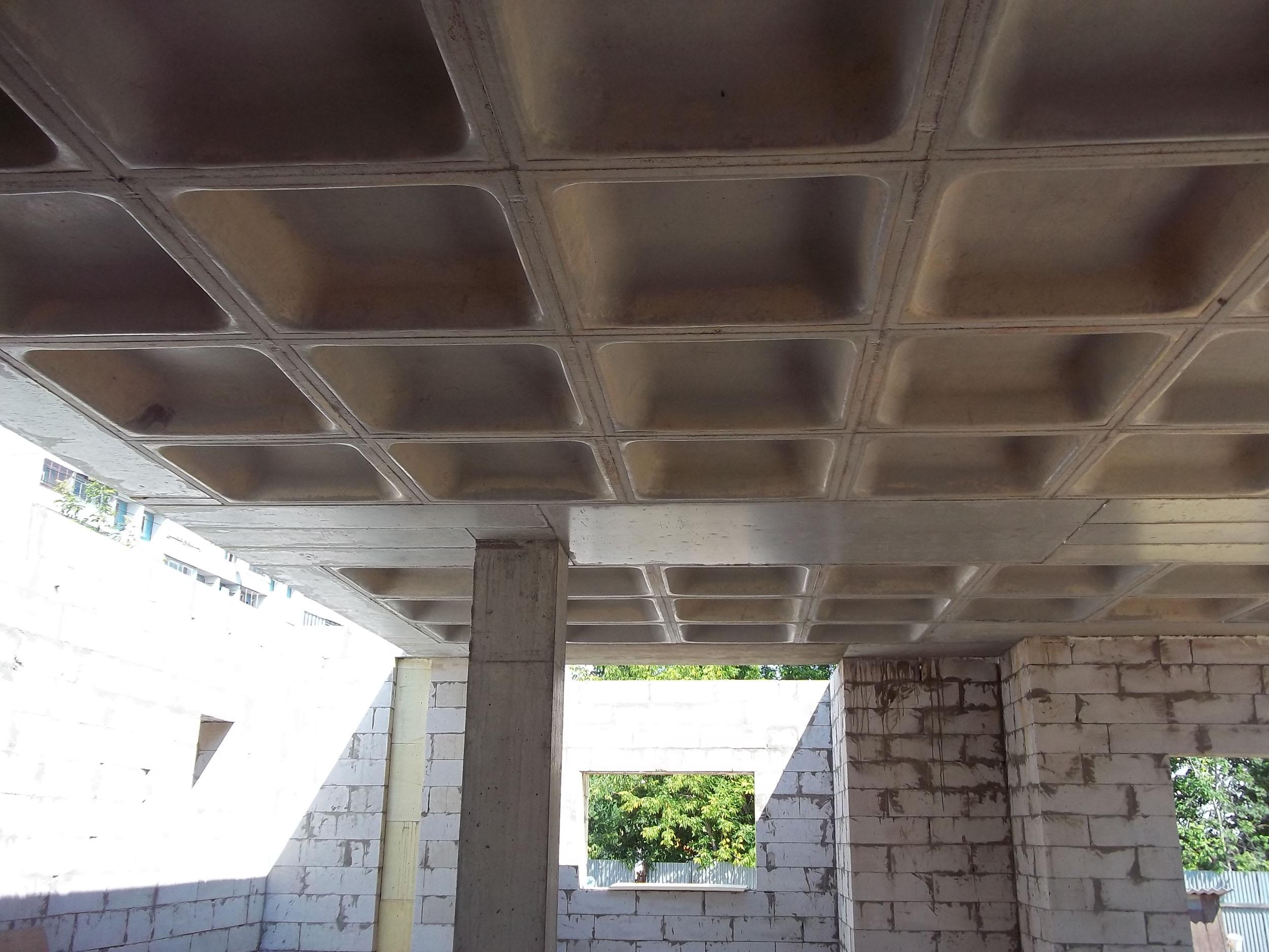 Современное строительство невозможно себе представить без использования бетонных плит перекрытия