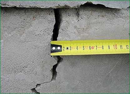 Один из способов определения степени повреждения основания здания