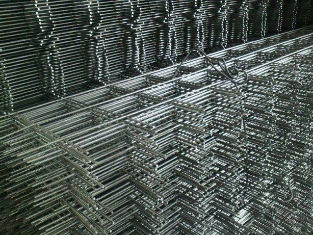 Оцинкованная металлическая сеть для укрепления стяжки