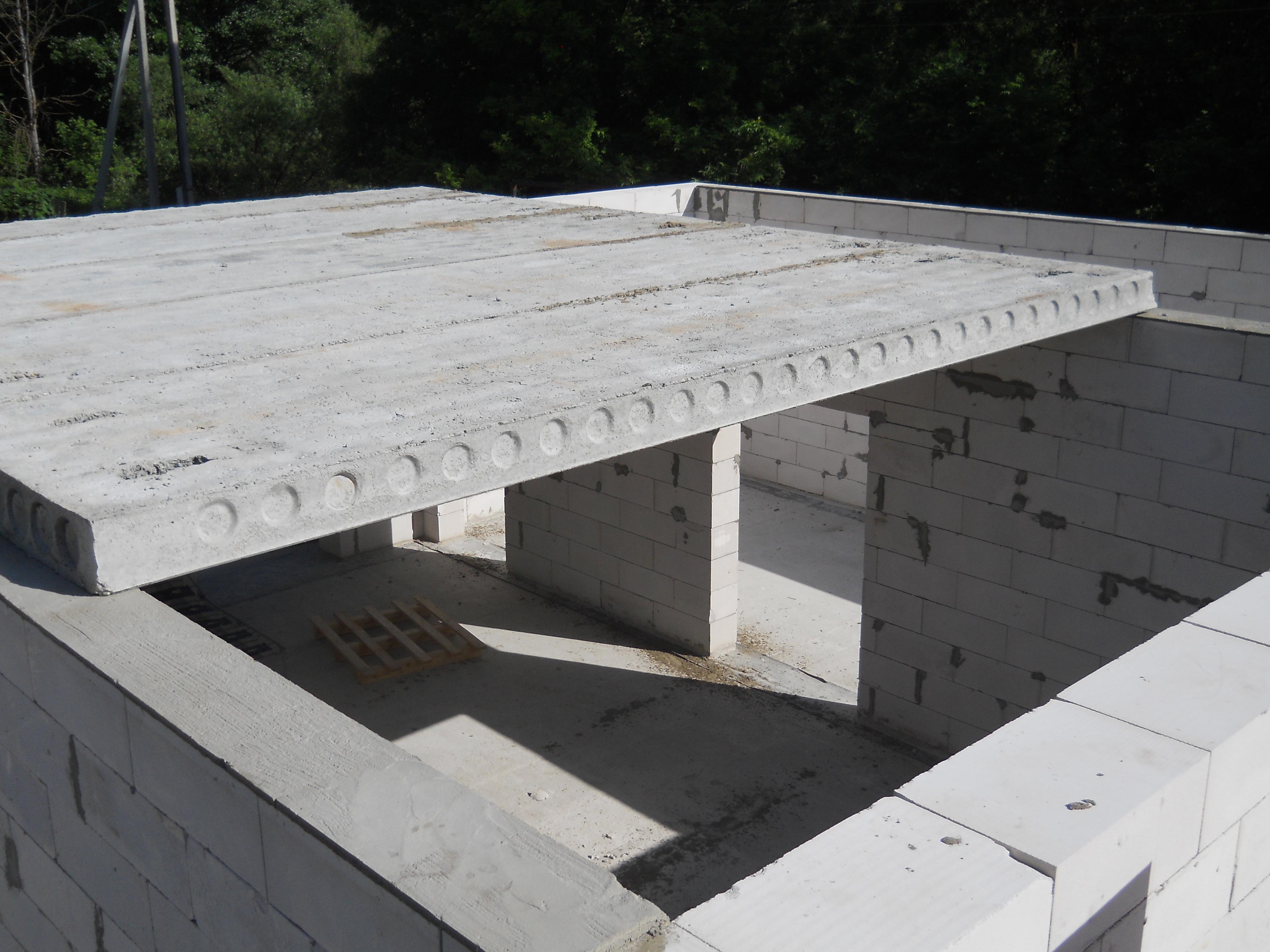 Строительные блоки из пенобетона бывают автоклавные и неавтоклавные