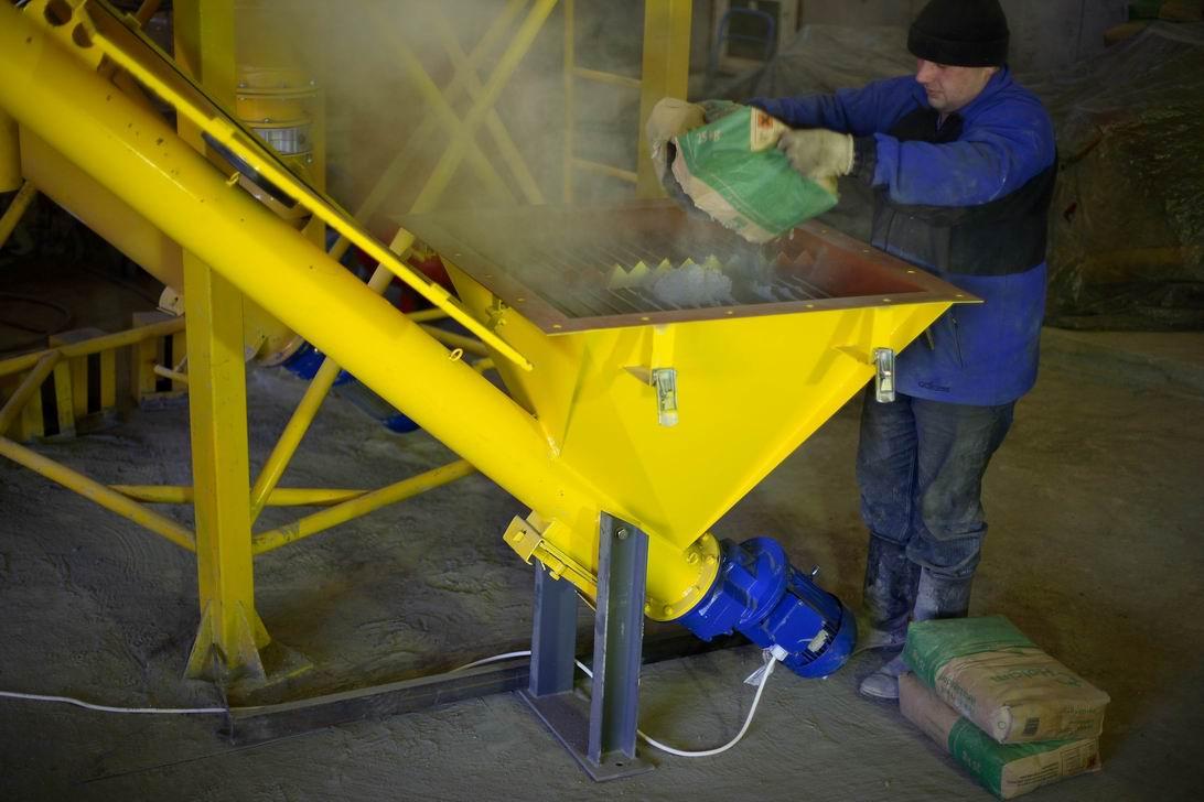 Вся схема производства разделена на 3 этапа: изготовление цементно-песчаной смеси; приготовление раствора пенообразователя и получение смеси