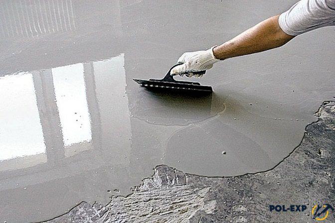 Процесс заливки наливного пола