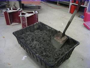 Процесс приготовления бетона фундамента
