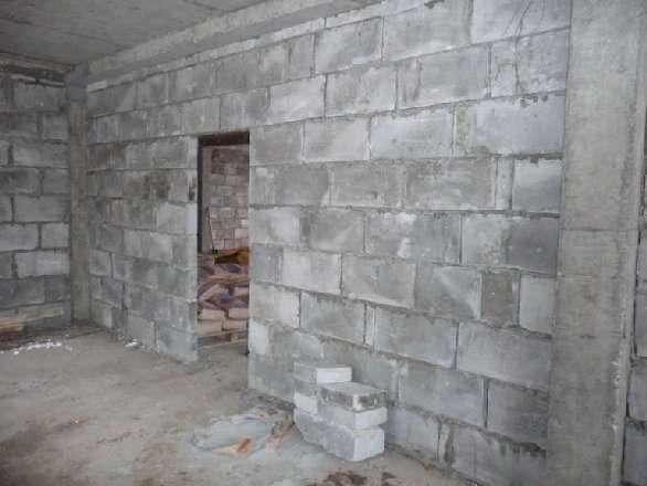 Подготовка мест под оконные и дверные проемы