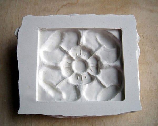 Шаблон из гипса для плитки