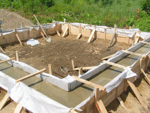 бетонирование ростверка фундамента