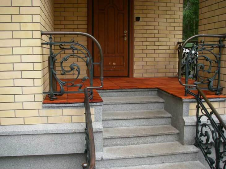 Лестница для крыльца из бетона