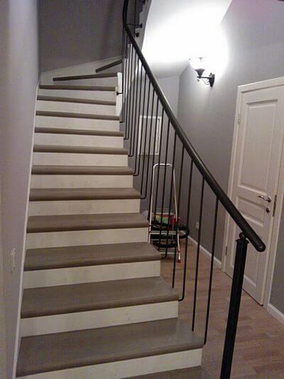 Бетонная лестница с отделкой ступеней керамогранитом
