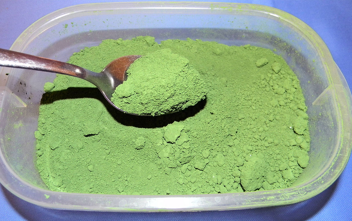 Для окраски бетенного раствора можно использовать оксид хрома