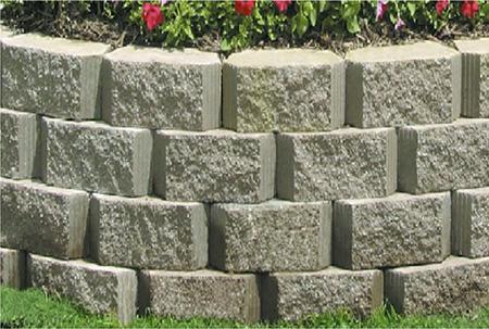 из бетонных блоков