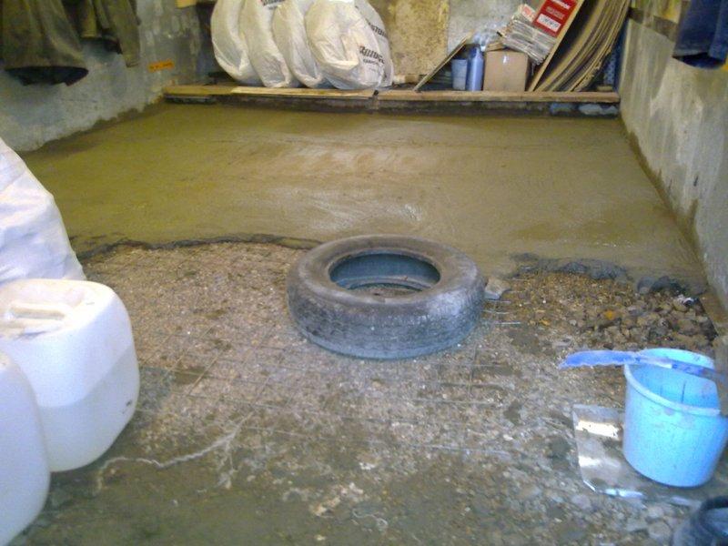 Толщина бетонного пола в гараже в зависимости от качества основы
