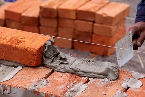 Раствор для кладки из цемента и извести