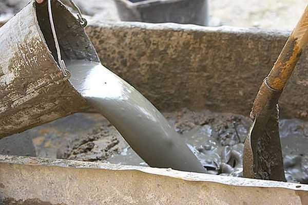 Порядок добавления составляющих для бетона при замесе может быть разный