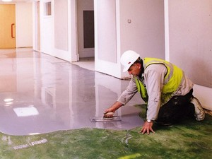 Как создать гладкий бетонный пол