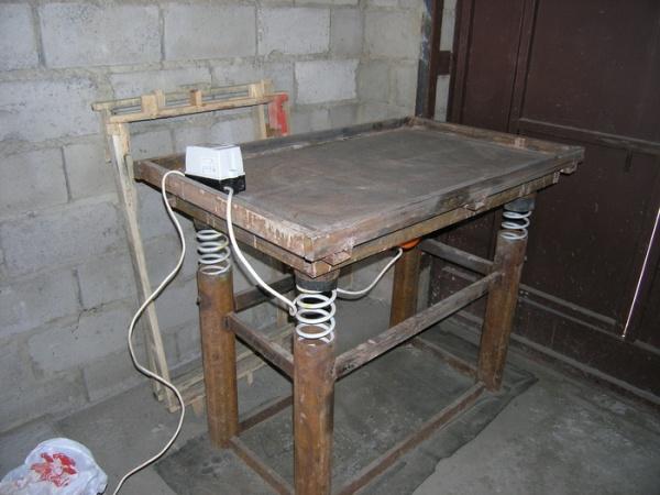 стол для изготовления плитки