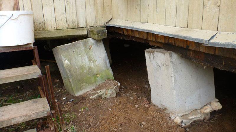 stolbchatyj-fundament-pod-banyu