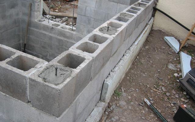 Погреб из керамзитоблоков