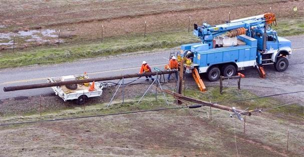 установка столбов для электричества