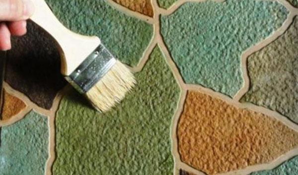 Окраска бетона кистью